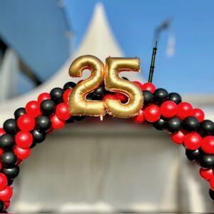 ballonnenboog 25 jaar zilver wit